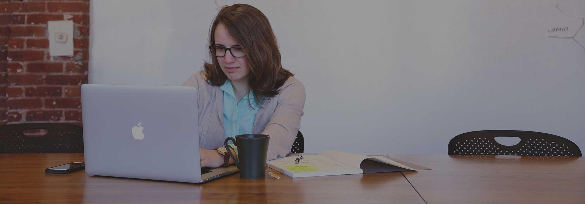 Aline Har blogueuse et passionnée du web