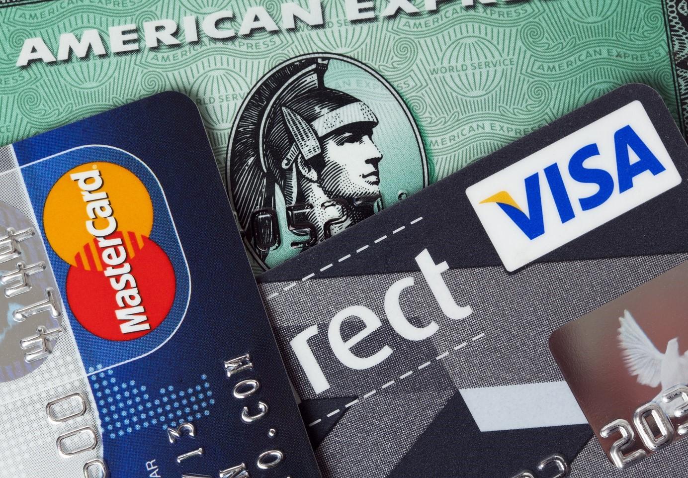Carte bancaire : quelles différences entre visa et Mastercard ?