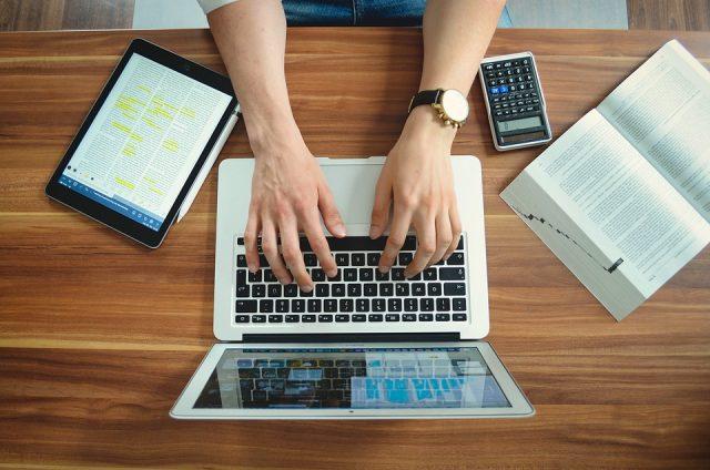 Quelles sont les options internet les moins chères pour les étudiants ?